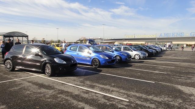 RECAP premier rassemblement Renault sport en Picardie Dsc00869-388e860
