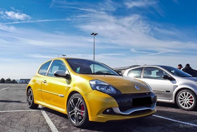 RECAP premier rassemblement Renault sport en Picardie Dscf_34-388e796